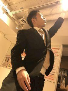 神田キャバクラ【ムーミン(mu-minn)】東京JK制服ラウンジ マキタス立ち上がれ!